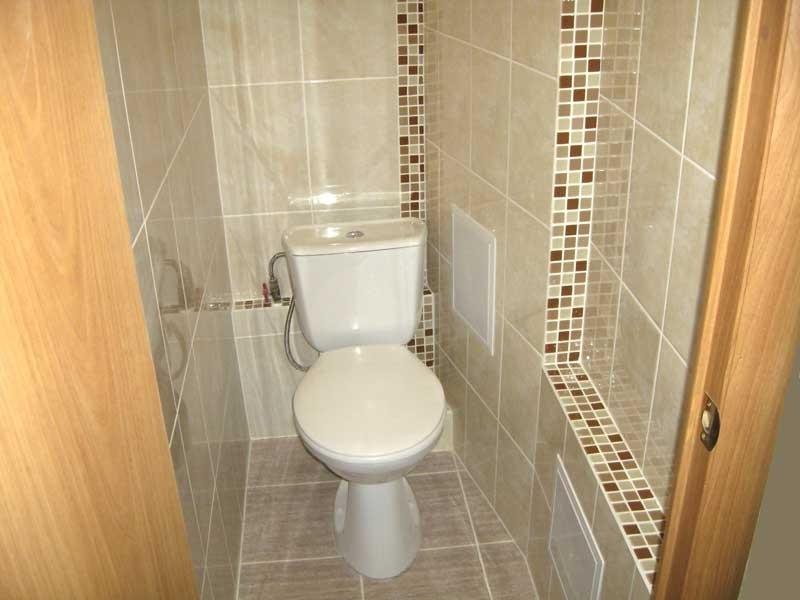 Туалет облицованный плиткой