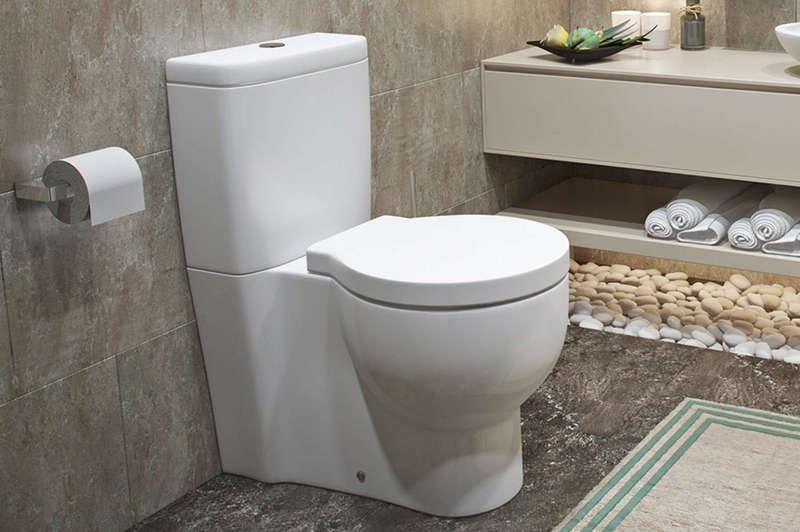 Установка унитаза в ванную